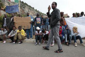 migrants-a-la-frontiere-franco-italienne_18f02836f7d646ae18cfa9cc15a947e7