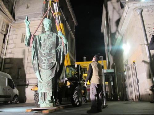 tours-la-statue-de-saint-martin-est-de-retour_image_article_large