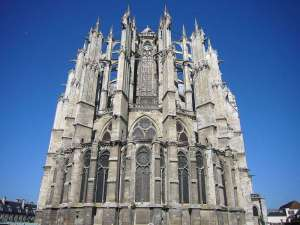 cathedrale-beauvd6a1499555_28958_11162-fs021
