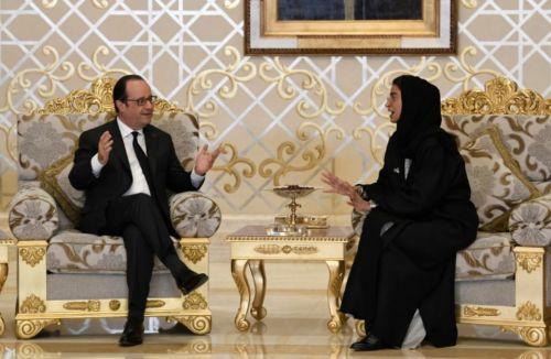 abou-dabide-rencontre-une-ministre-emiratie-noura-al-kaabile-2-decembre-2016-a-abou-dhabi