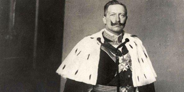 kaiser_wilhelm_ii_als_herrenmeister_des_johanniter_ordens-592x296-1481877270