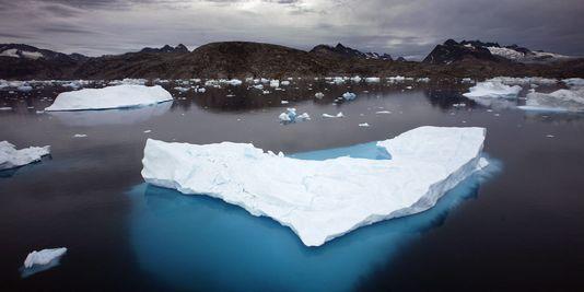 le-monde_3_5bbc_en-juillet-2012-la-calotte-glaciaire-du_8ca02fea5183ffa5807fe5337d30b47a