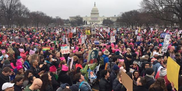 marche-anti-trump-des-centaines-de-milliers-de-personnes-defilent-aux-etats-unis