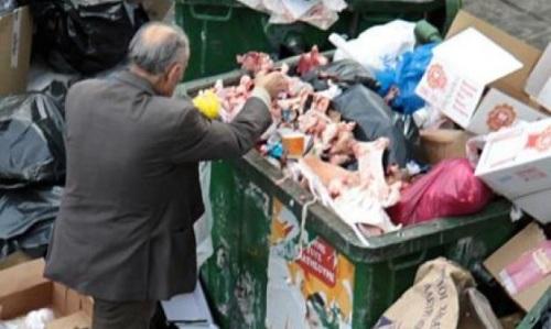 grece-pauvrete-poubelle