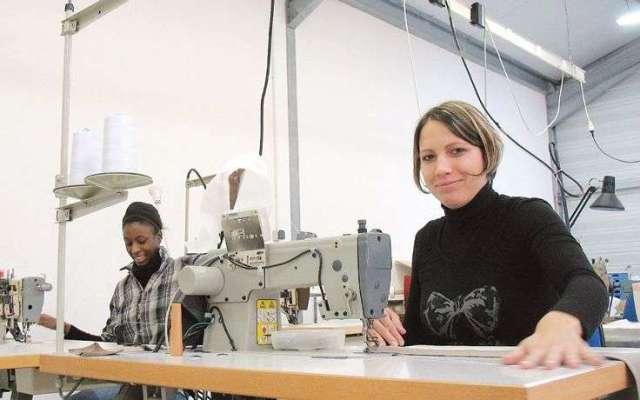 les-couturieres-de-tonnay-confection-associees-en-societe-cooperative-de-production-ont-beneficie-du-soutien-concret-des-cigales